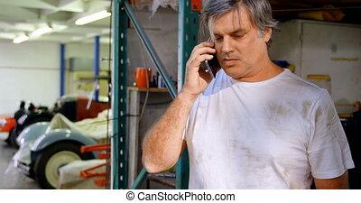 4k, mécanicien, conversation, mâle, téléphone, mobile