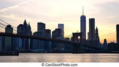 4K - Manhattan skyline at sunset