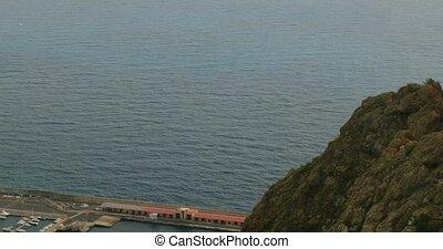 4K, Panned view over Santa Cruz
