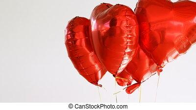 4k, rotes , luftballone, luft, schwimmend