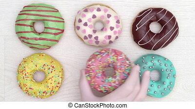 4K - Set of Holiday Donuts