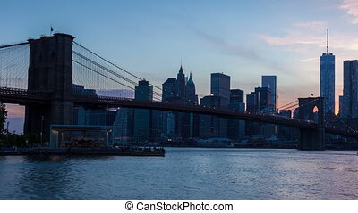 4K Sunset timelaspe of Manhattan skyline and Brooklyn bridge...