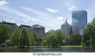 4K Time lapse Boston Public Garden zoom out - 4K Time lapse...