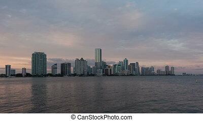 4K Time lapse Miami Skyline zoom in