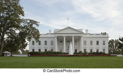 4K Time lapse of The White House - Washington DC, United...