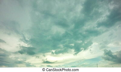 4k timelapse daytime sky with fluffy clouds, Looping video