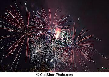 4th of July Fireworks Portland Oregon 2013