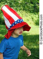 4th of July hat on little boy