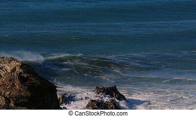 4x Real Slow Motion - Huge Waves At Portuguese Coasts -...