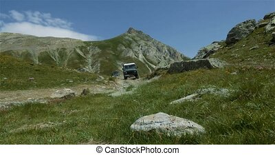 4x4, Offroad, Western Alps, Italy - Landrover Defender, VW ...