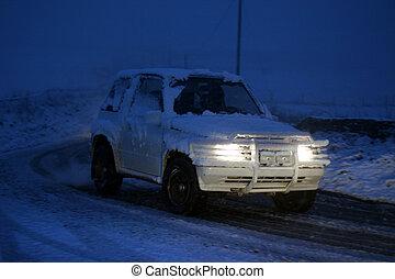 4x4 Snowy night