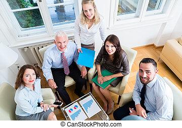 5, ビジネス 人々, 中に, チームのミーティング, 勉強, グラフ