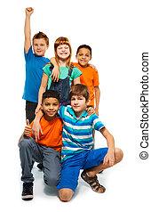 5 happy kids