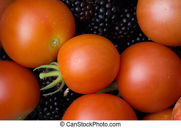 6 - Wider angle tomatoes on blackberries