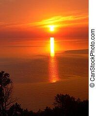 7, 湖, 日の出, 上に