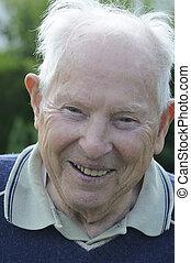 90, être âgé de, rire, homme
