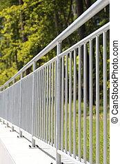 aço, cerca branca, trilhos
