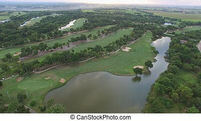aéreo, árvore, curso, golfe, alinhado, vista