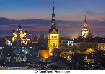 aéreo, cidade, estónia, tallinn, noturna, antigas, vista
