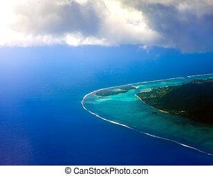 aéreo, clouds., por, polynesia., atolón, vista oceánica