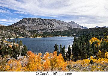 aéreo, riacho, oriental, lago, califórnia, rocha, sierra, montanhas, vista
