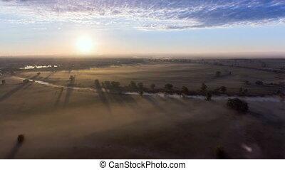 aéreo, sobre, campo, nevoeiro, alvorada, vista