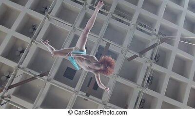 aérien, divisions, gymnaste, cirque, air, exécute, somme ...