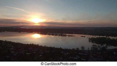 aérien, lac, 4k, village, vue, sunset.