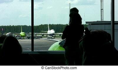aéroport, fenêtre, famille