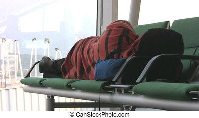 aéroport, obtient, homme, confortable