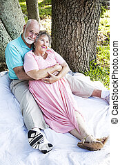 aînés, romantique, dehors