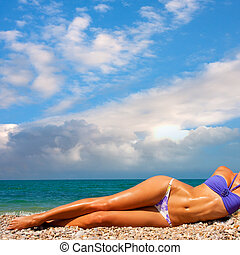 a, 女, 日光浴をする, 上に, a, 浜