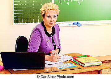 a, 教師