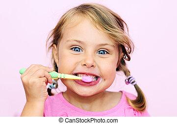 a, 若い 女の子, ブラシをかけること, 彼女, 歯
