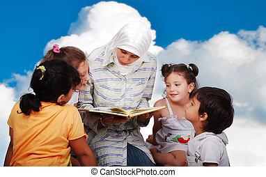 a, 若い, muslim, 女, 中に, 伝統的である, 衣服, 中に, 教育, プロセス