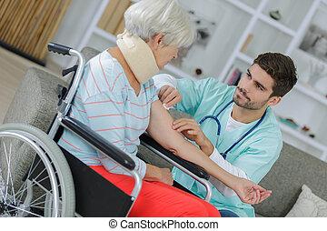a, 護士, 訪問, 到, a, 病人