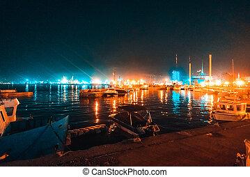 a, barcos, levantar, durante noite, em, a, cais