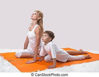 a, beau, jeune, mère, pratiques, yoga, à, elle, fils