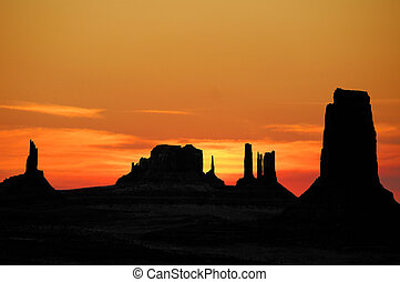 Sunset Over Monument Valley - A Beautiful Sunset Over ...