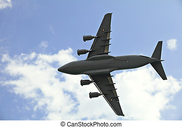 Boeing c17 Globemaster - A Boeing c17 Globemaster belonging...