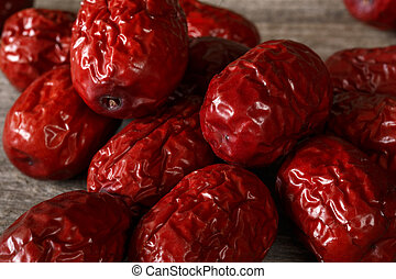 bunch of red Chinese dates