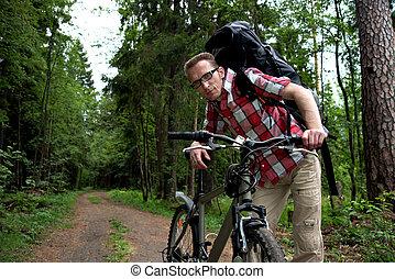 a, cansadas, homem, ligado, a, bicicleta, assistente, friends.