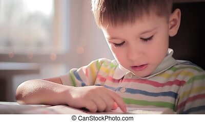 A child learns to read 6