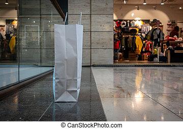 a, einkaufstüte, gemacht, von, papier, steht, auf, der,...
