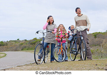 a, famille, à, enfants, sur, leur, vélos