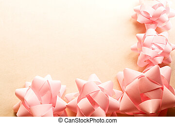 A frame of pink bows