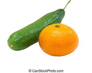 a, fresco, verde, pepino, com, um, tangerina