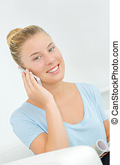 a girl in on the phone