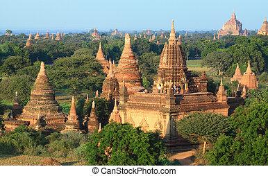 A group of Bagan pagodas in Myanmar