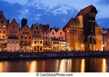a, guindaste, em, cidade velha, de, gdansk, em, anoitecer